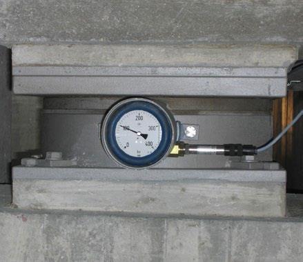 تکیه گاه POT مجهز به ابزار اندازه گیری با فشارسنج و حس گر فشار دیجیتال